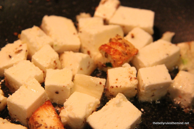 Shallow frying paneer cubes