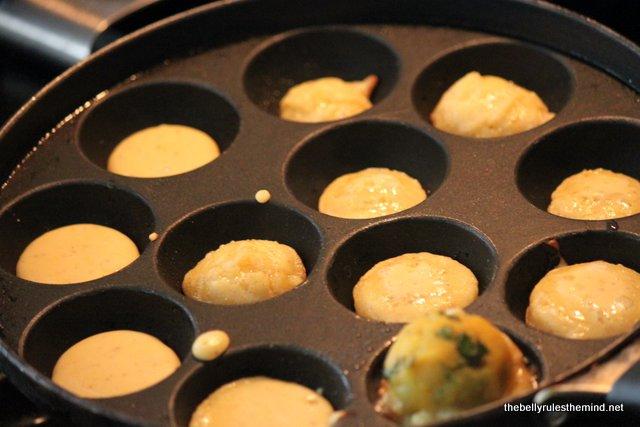 mke besan cavities in appe pan