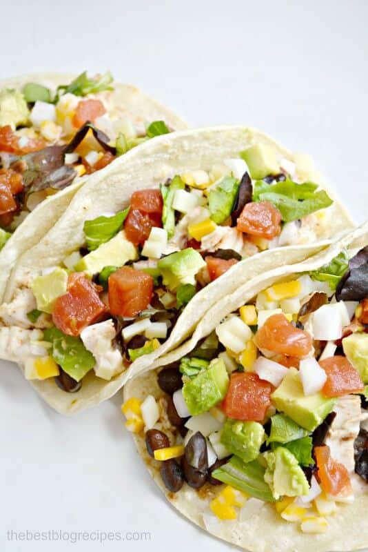 Spicy Chicken Street Tacos are ready in less than 20 minutes | thebestblogrecipes.com | #chicken #dinner #recipe #mexican