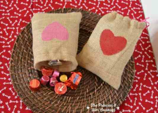 Burlap Treat Bag featured on 25 Valentine's Day Crafts from The Best Blog Recipes