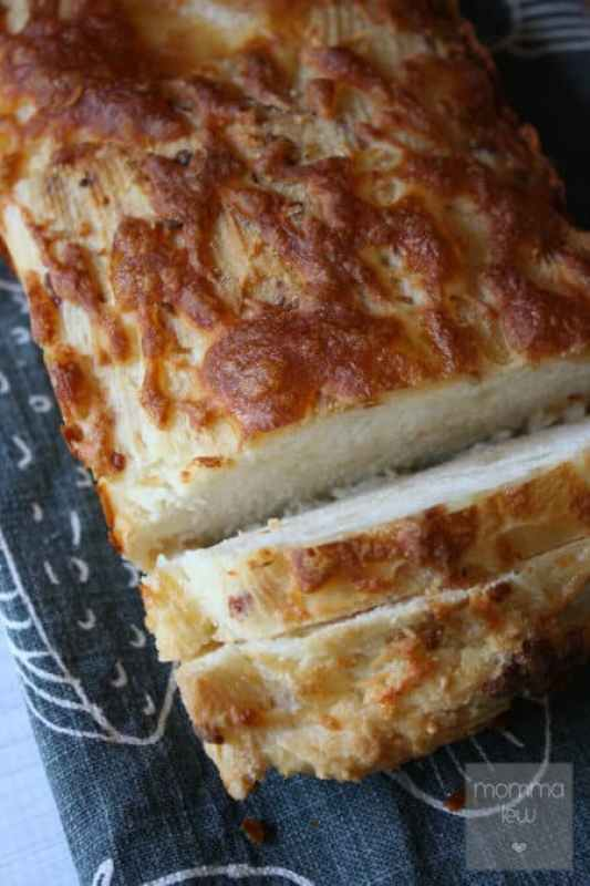 Angry Orchard Bread featured on 25 Gluten Free Recipes from The Best Blog Recipes
