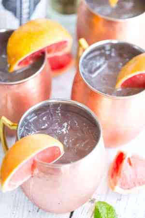 Grapefruit Moscow Mules -- Featured on www.thebestblogrecipes.com