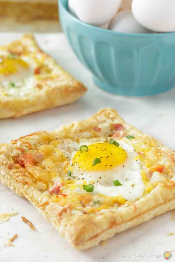 Breakfast Egg and Ham Puffed Pastry -- part of Cheesy Breakfast Recipes PERFECT for Saturday Mornings