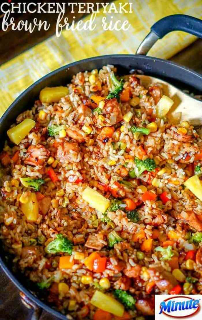 Chicken Teriyaki Fried Rice -- makes a delicious dinner made in ONE pot for easy cleanup!