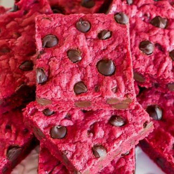 Red Velvet Chocolate Chip Bars -- Part of the Valentines Day Dessert