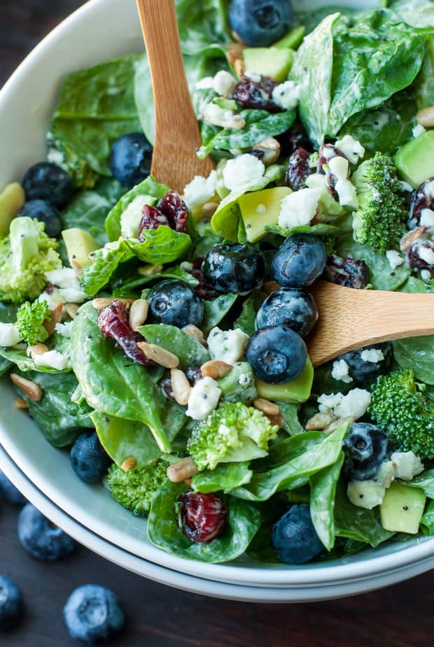Channeling the flavors of some of some of my favorite restaurant salads, this tasty Blueberry Broccoli Spinach Salad with Poppyseed Ranch is the perfect blend of savory sweetness!