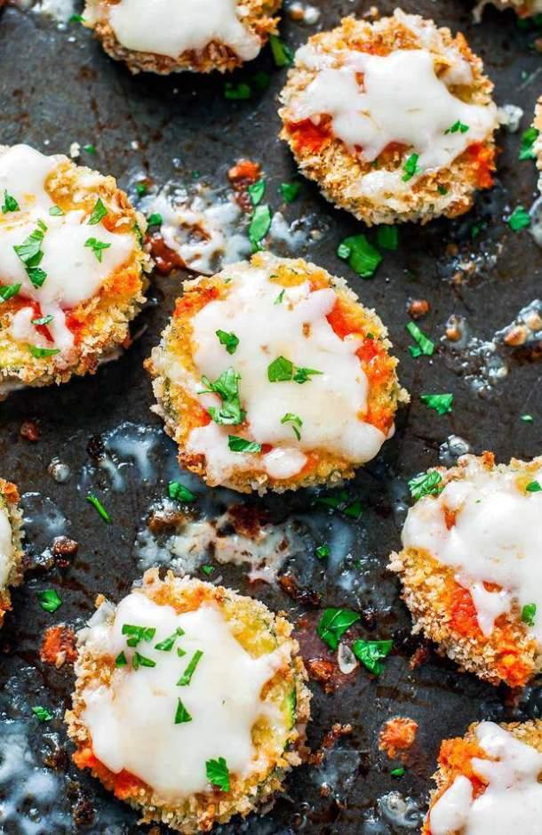 Baked Buffalo Zucchini Crisps --Part of 25+ Favorite Buffalo Flavored Recipes
