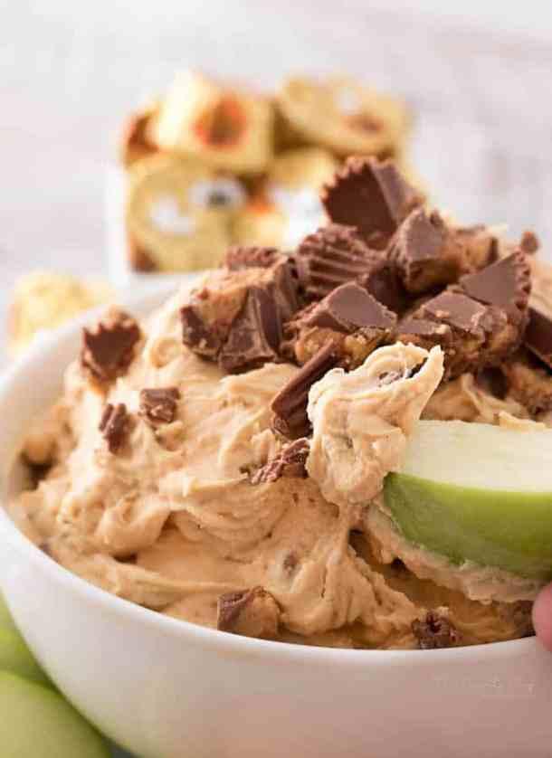peanut-butter-cup-cheesecake-dip-recipe