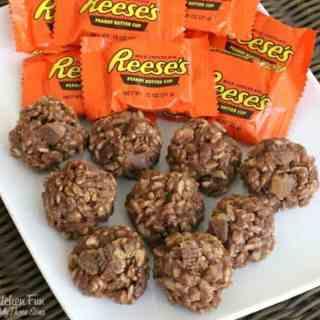 No-Bake Reese's Krispie Cookies