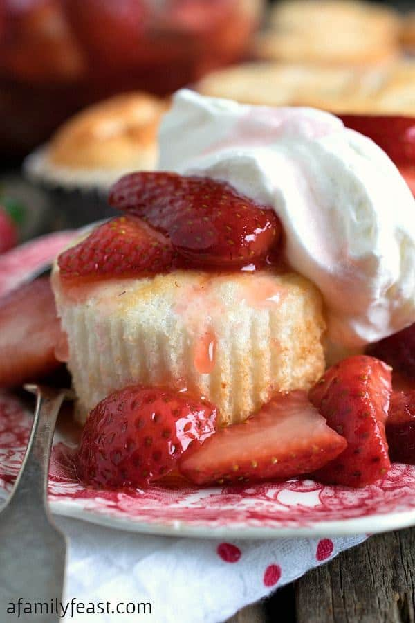 These mini angel food cakes are baked as cupcake-sized portions – so this dessert is easy to portion-out and serve.