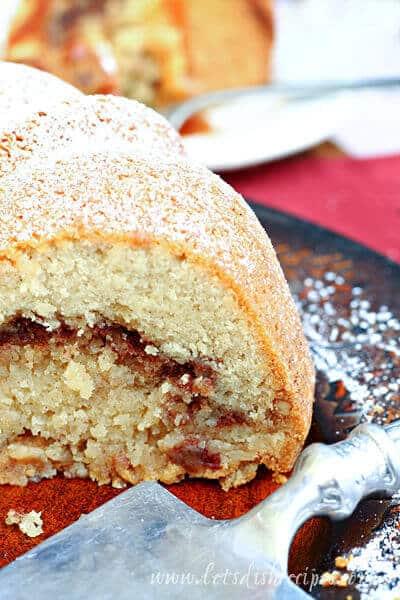 Autumn Spice Bundt Cake