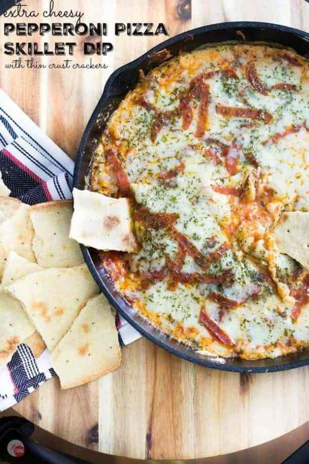 Extra Cheesy Pepperoni Pizza Skillet Dip