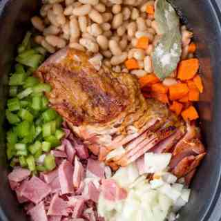 Slow Cooker Ham and White Bean Soup