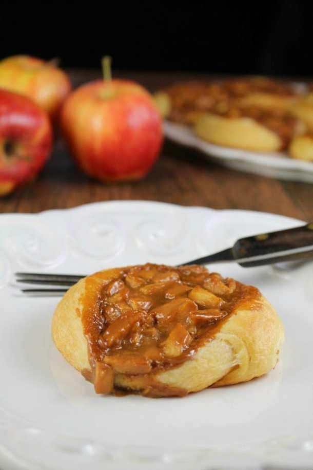 Caramel Apple Danish--- Part of 30 Breakfast Danishes to Start Mornings off Right