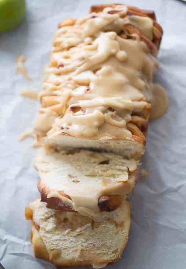 Caramel Apple Pull Apart Bread--Part of The Best Pull Apart Bread Recipes