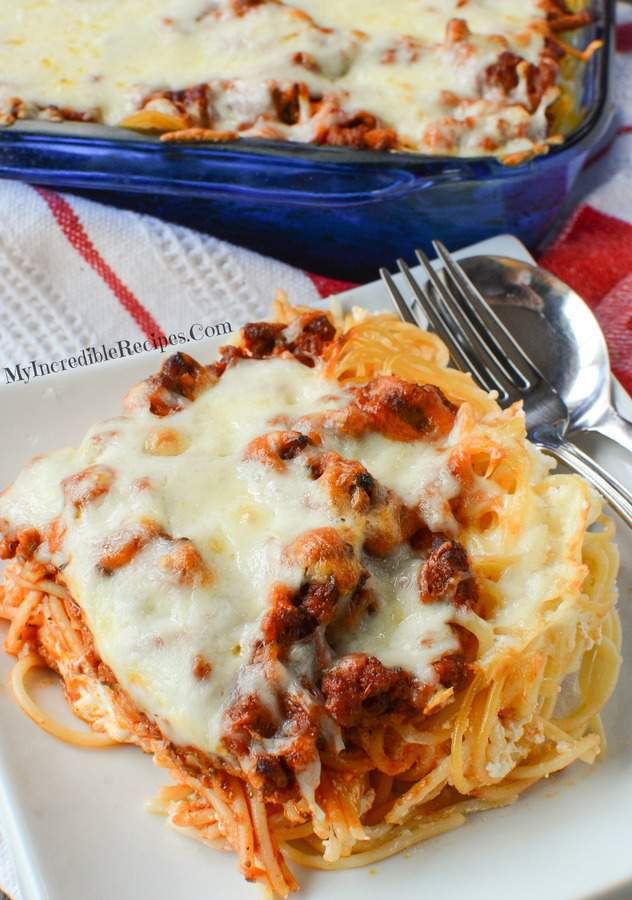 This Million Dollar Spaghetti Recipe from My Incredible Recipes is an easy to make cheesy dinner that your spouse, kids, and anyone else who you serve it up to will LOVE!
