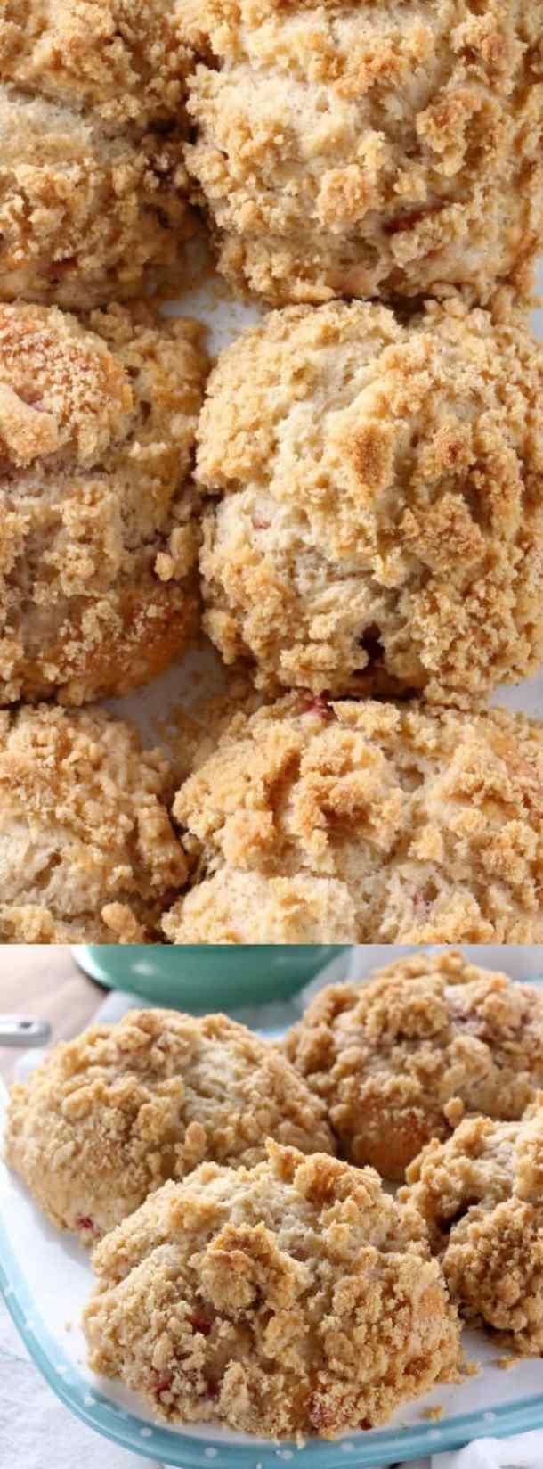bakery style strawberry crumb muffins