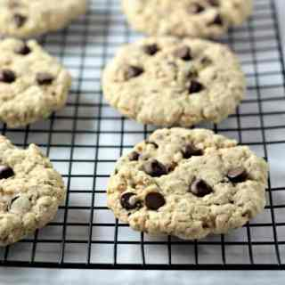 BIG Oatmeal Chocolate Chip Cookies