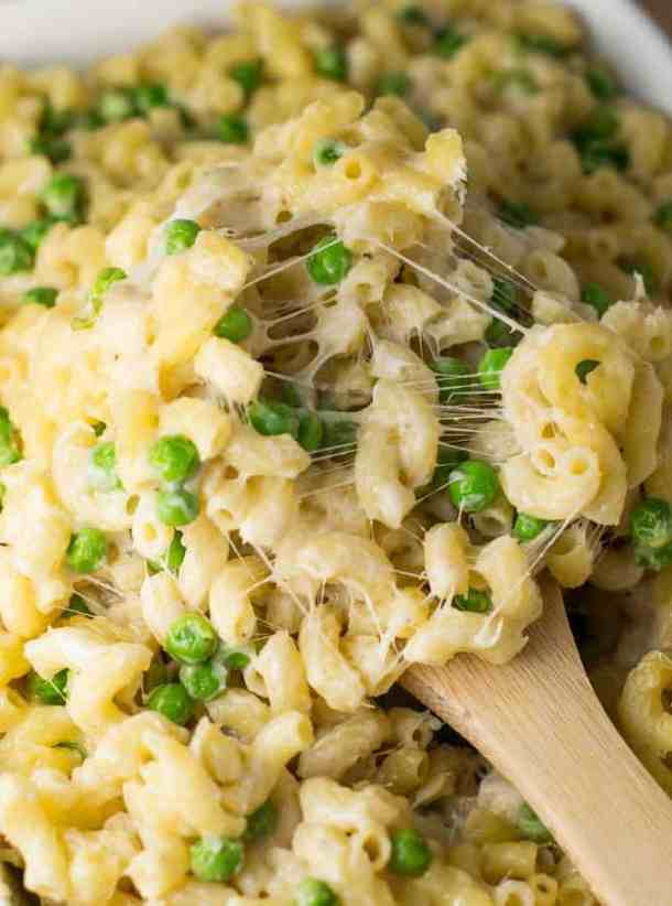 Easy Macaroni and Peas recipe