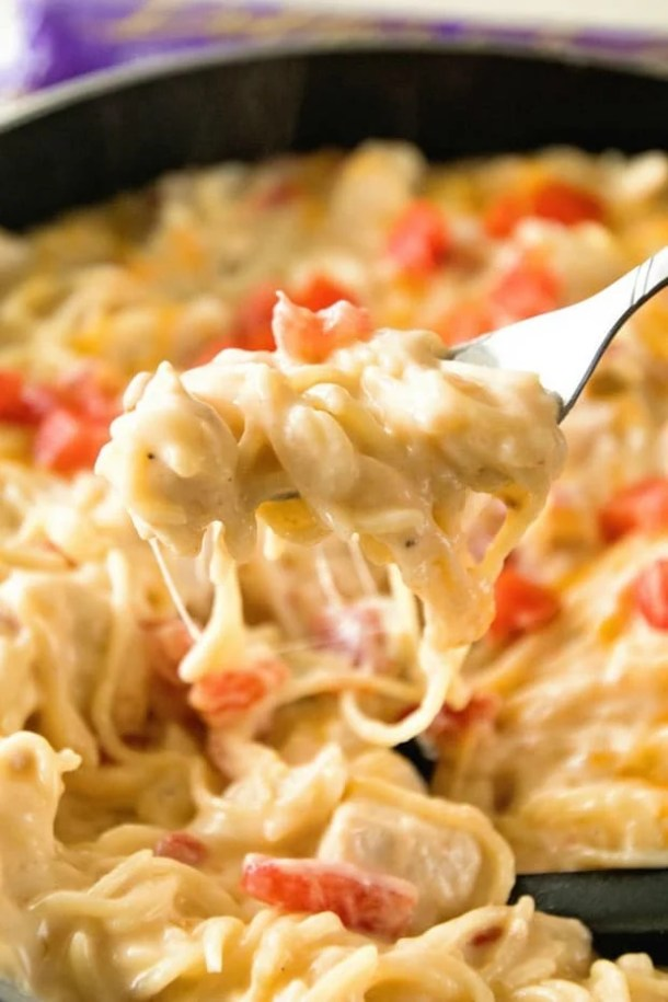 Cheesy-One-Pot-Mexican-Spaghetti-Fork