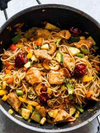Chinese Cashew Chicken Noodles Stir-Fry