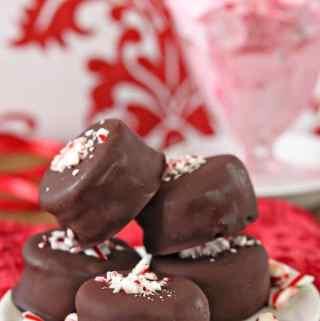 Oreo Peppermint Ice Cream Bonbons