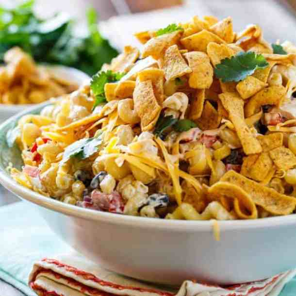 BBQ Ranch Pasta Salad -- 19+ PASTA SALADS TO BRING SUMMER BACK IN TO YOUR LIFE!