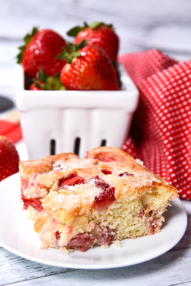 FRENCH STRAWBERRY CAKE SIDE FINAL