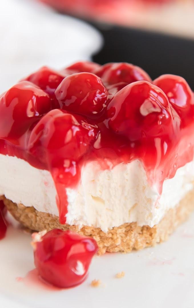 No Bake Cherry Cheesecake Bars