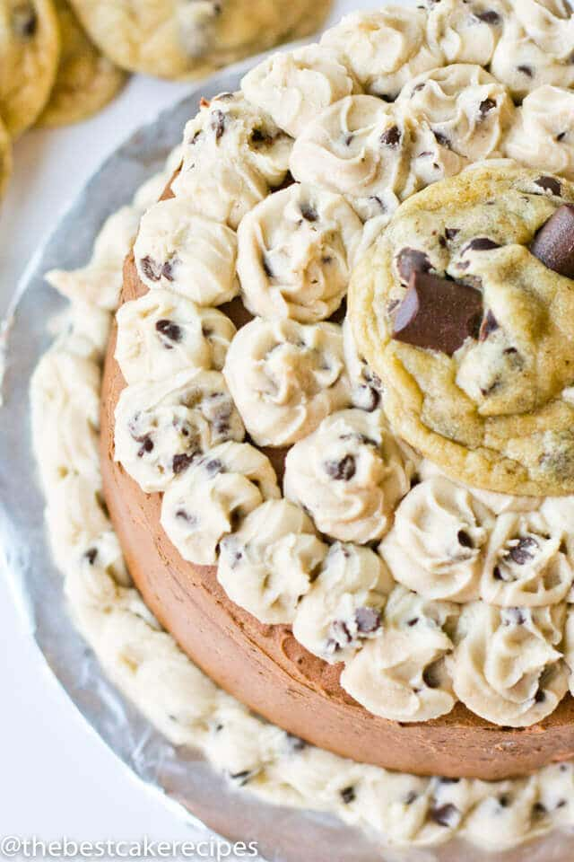 If you love chocolate chip cookies, this cookie dough layer cake is the cake of your dreams. Homemade chocolate cake with chocolate & cookie dough buttercream.