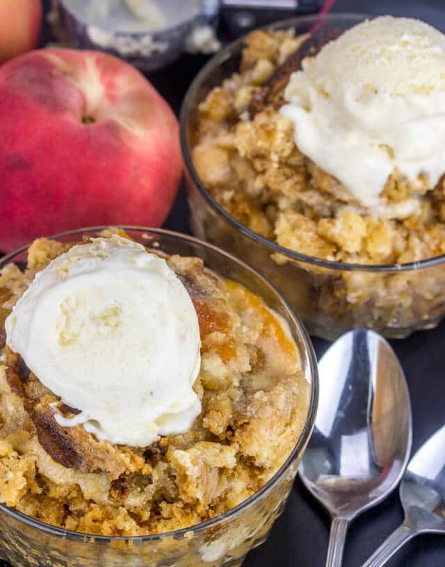 Slow Cooker Peaches and Cream Cake