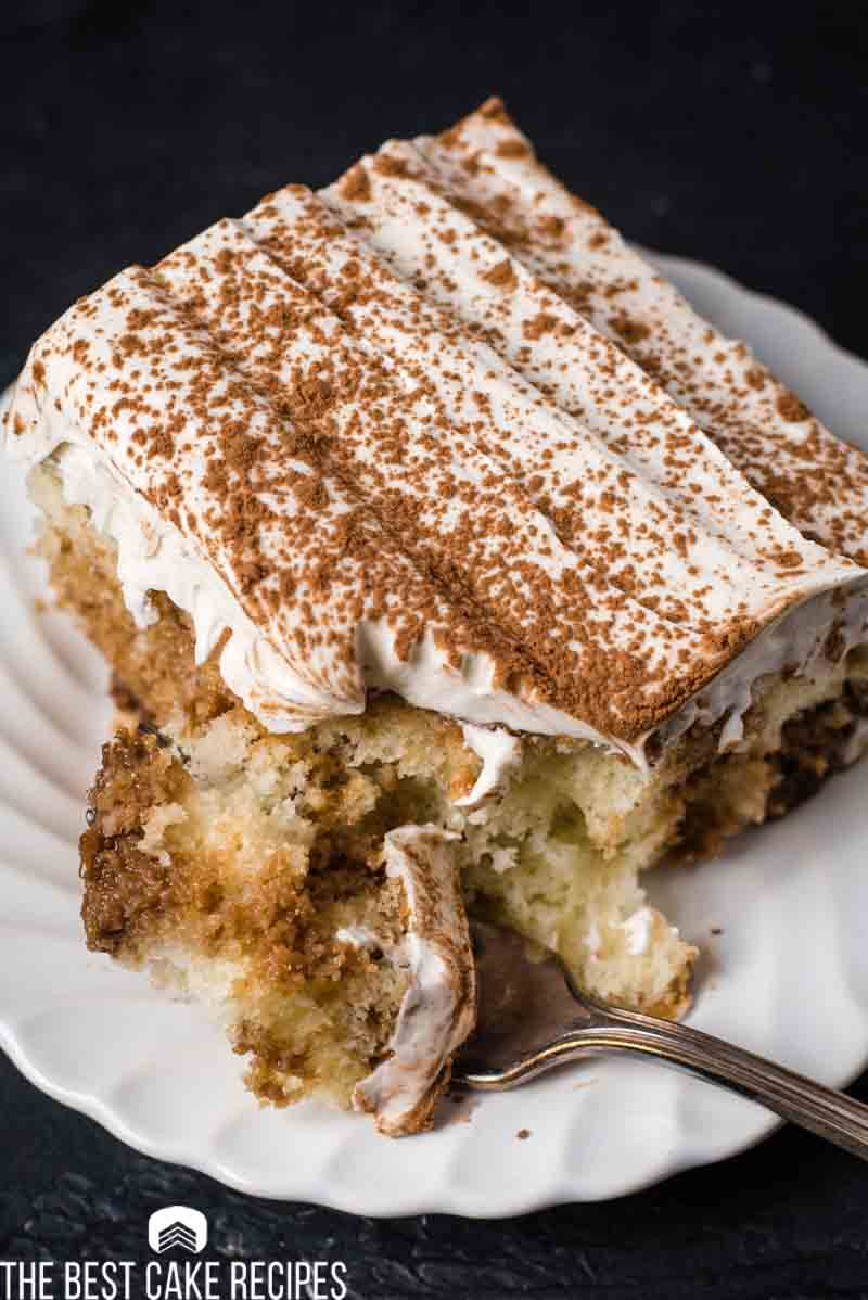 Cocoa powder dusted cake with kahlua