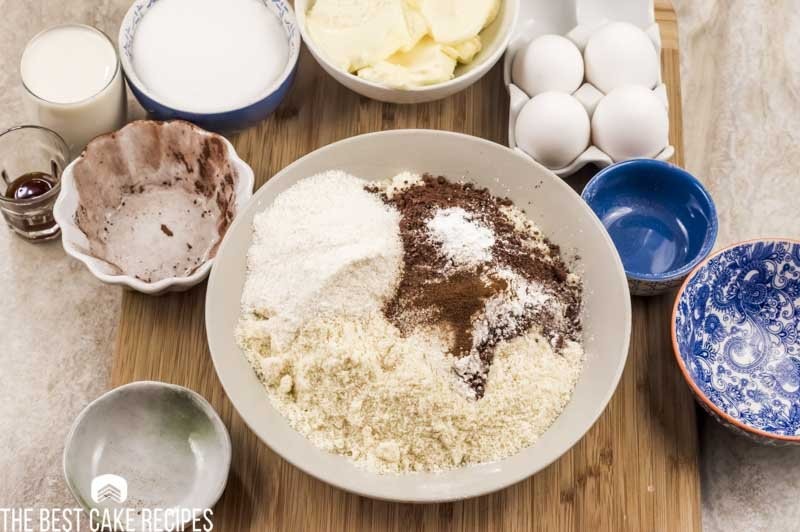 dry ingredients for keto cake in a bowl