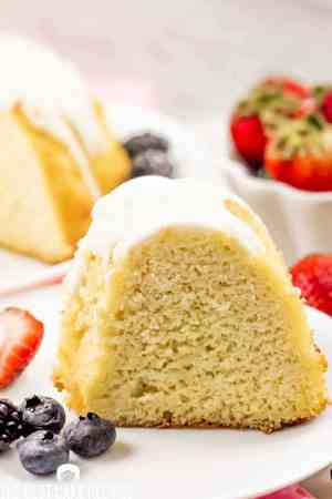 keto vanilla bundt cake on a plate