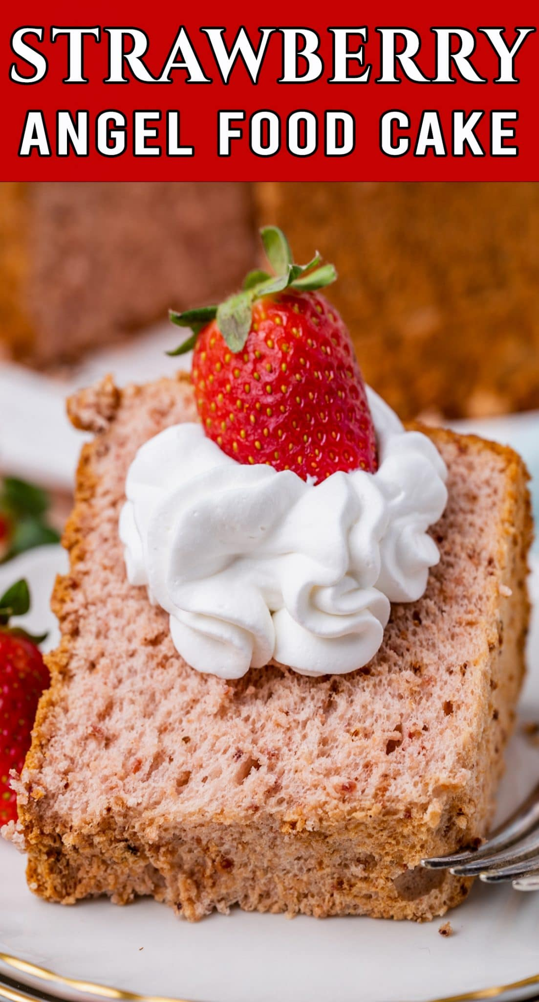 A deliciously fluffy and light Strawberry Angel Food Cake. Perfect on its own, but delicious also as a strawberry shortcake base. via @thebestcakerecipes