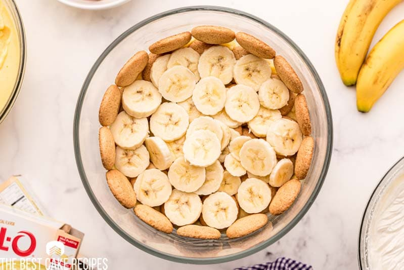 sliced bananas and vanilla wafers in a trifle dish