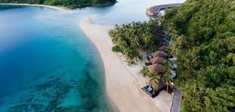 huma-island-resort-and-spa-slider-villa-03
