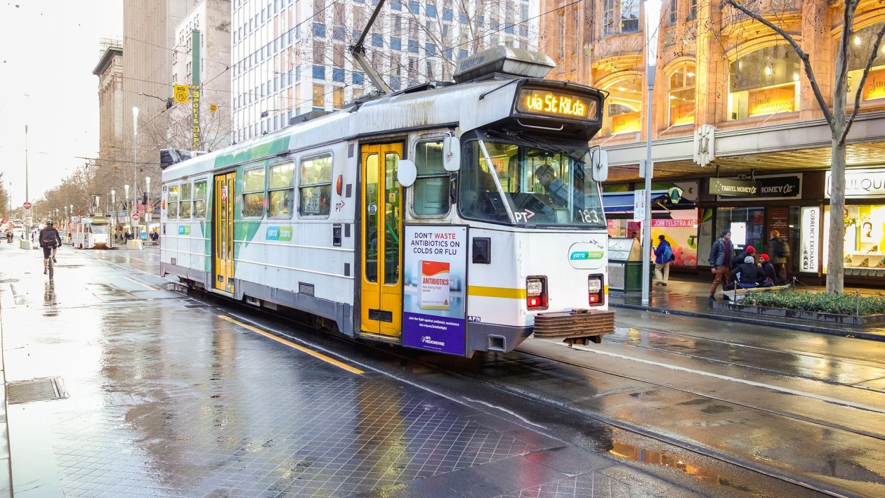 tram-966460_1920