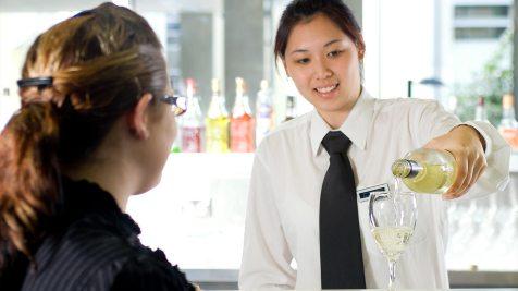 south-bank-facilities-hospitality-hubs-restaurants-18-cocktail