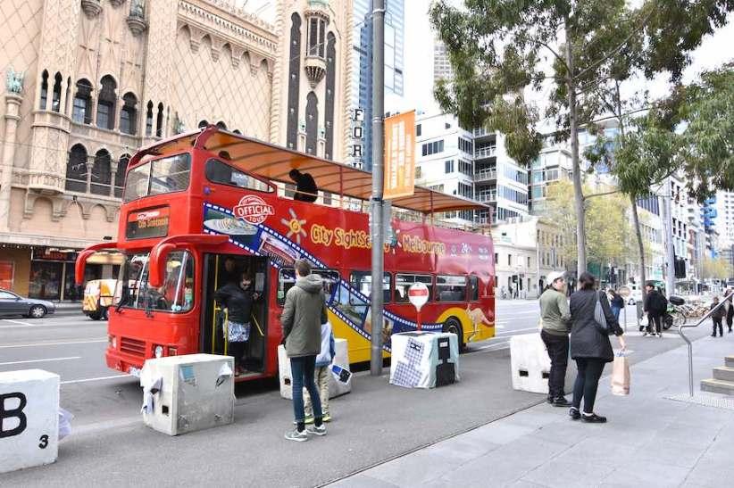 Melbourne-Hop-On-Hop-Off-Bus-Tour