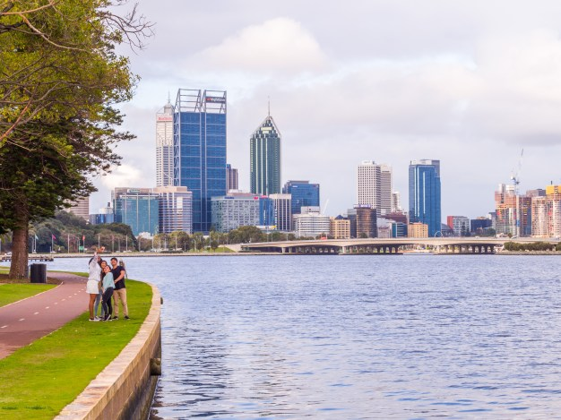the-swan-river-2