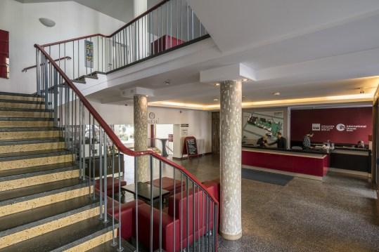 lobby-treppe