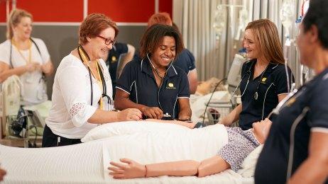 TAFE-Queensland-Aula-de-Enfermagem