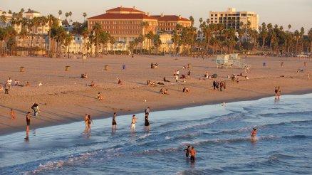 238431-Santa-Monica-Beach