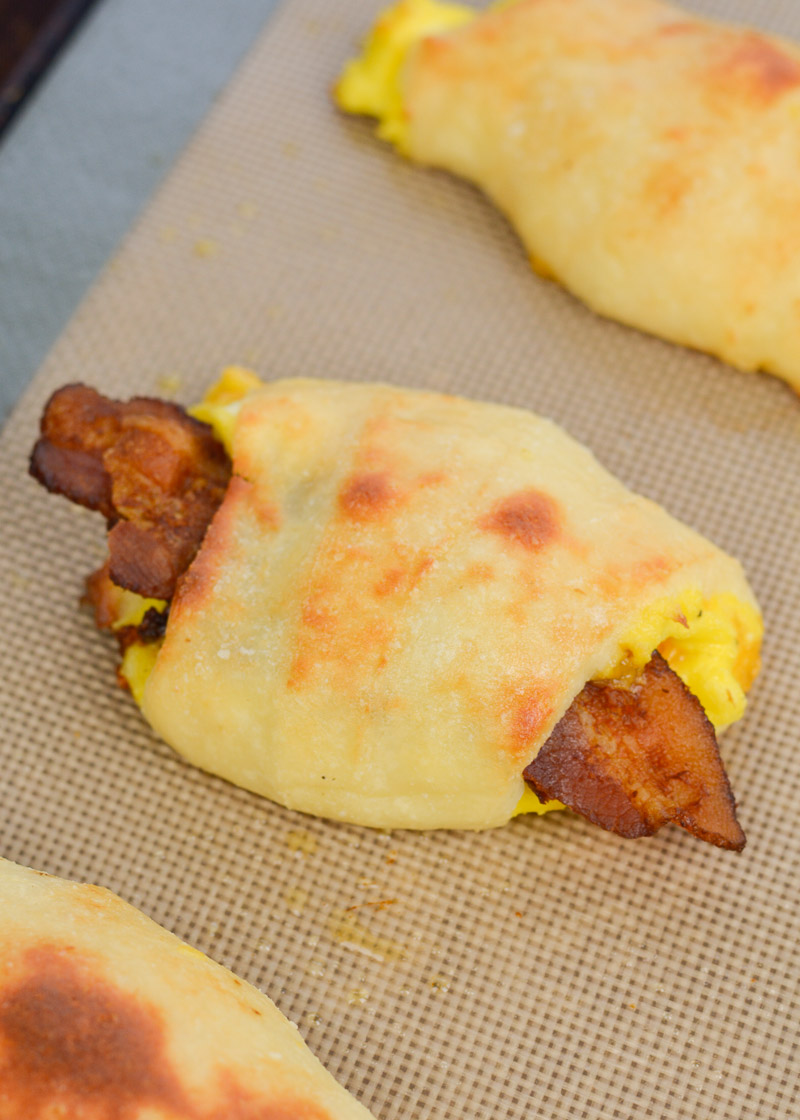 These Keto Bacon Egg and Cheese Rolls contain about 3 net carbs each!