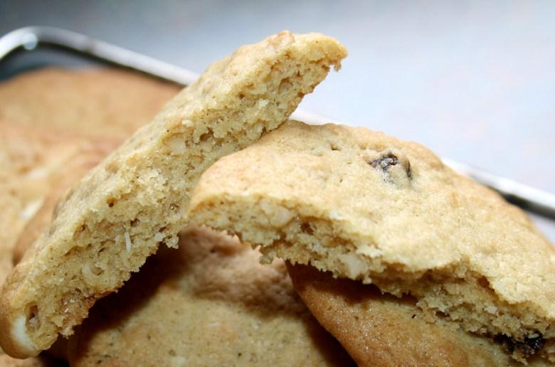 Cinnamon White Chocolate Oat Cookie Recipe