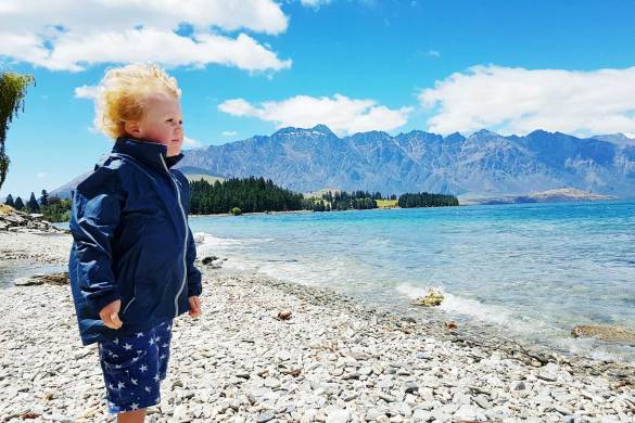 New Zealand's Top Mummy Blogger Parenting Travel Blog Family Queenstown Lake Wakatipu