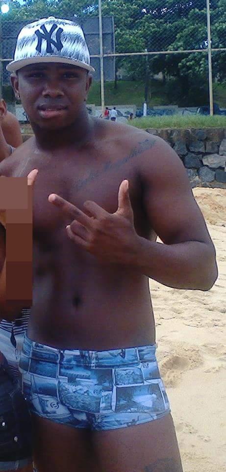 garoto da favela negão