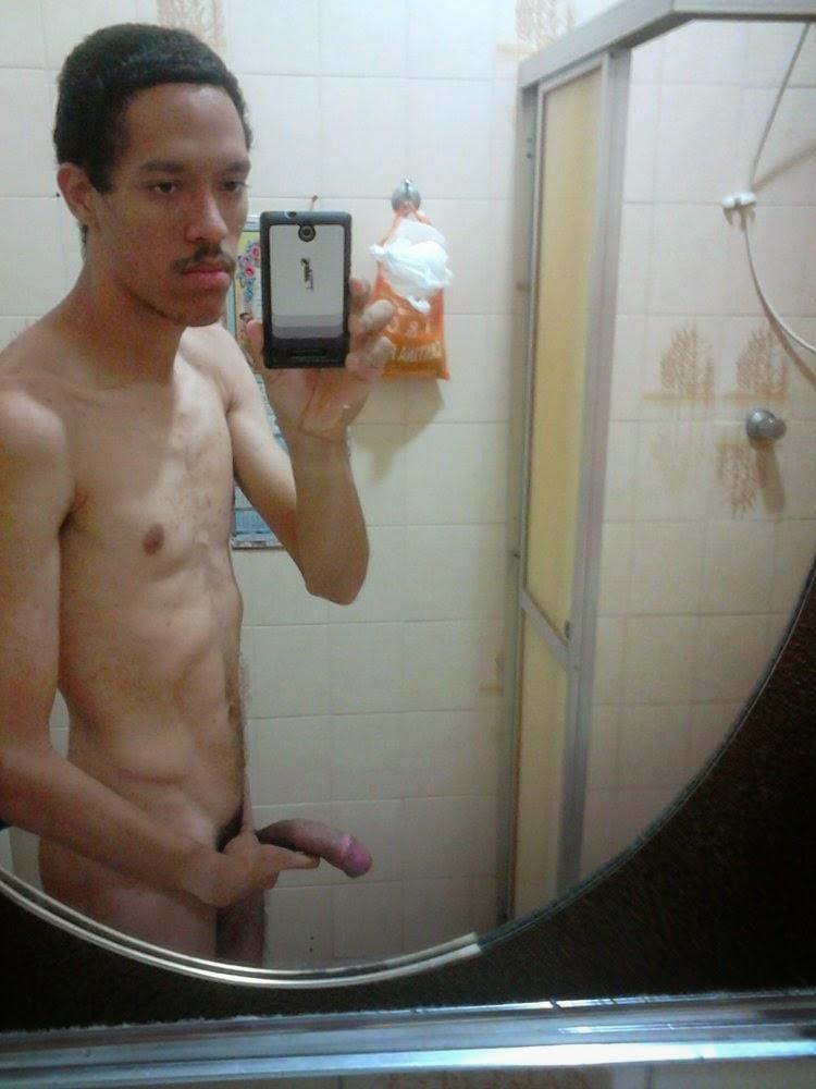 pauzudo selfie
