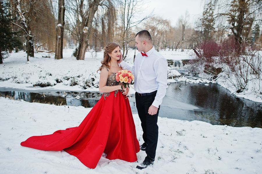 What Are The Best Red Wedding Dresses And How To Pick Up